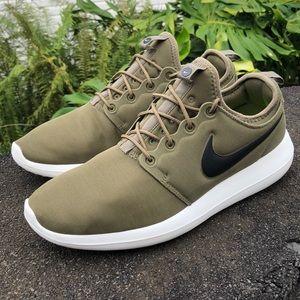 Nike Mens Roshe Two 'Iguana' Green SIZE 12